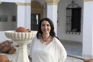 María de los Ángeles Cuervas Arbona